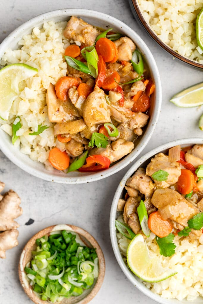 Thai green curry in two bowls