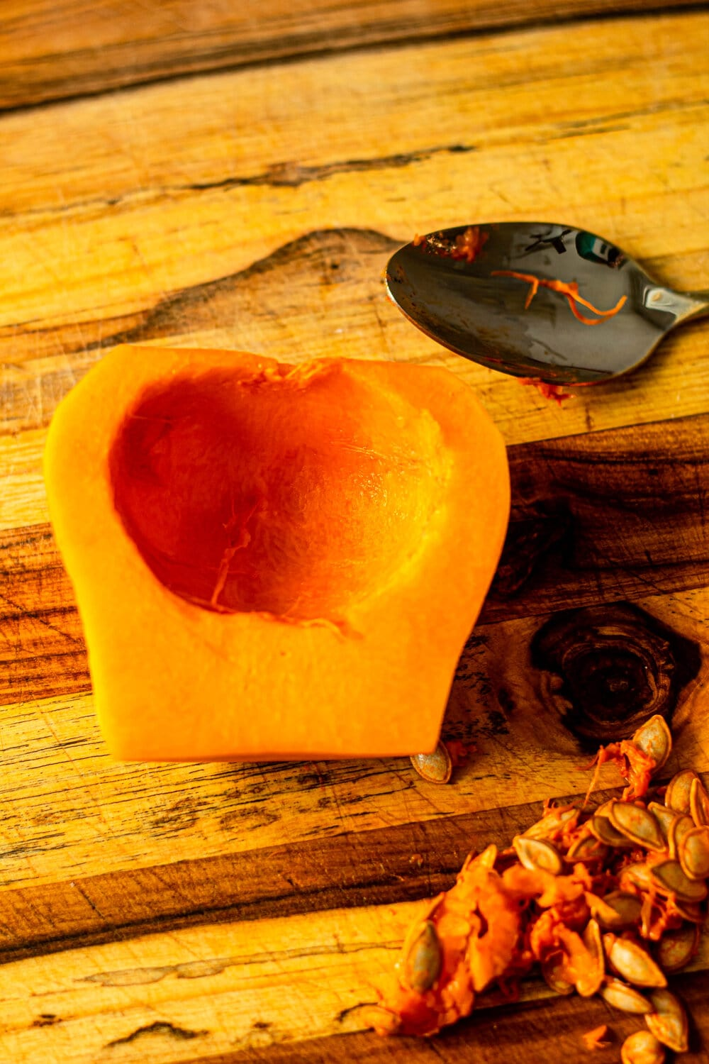 How to Roast Butternut Squash_seed.jpg