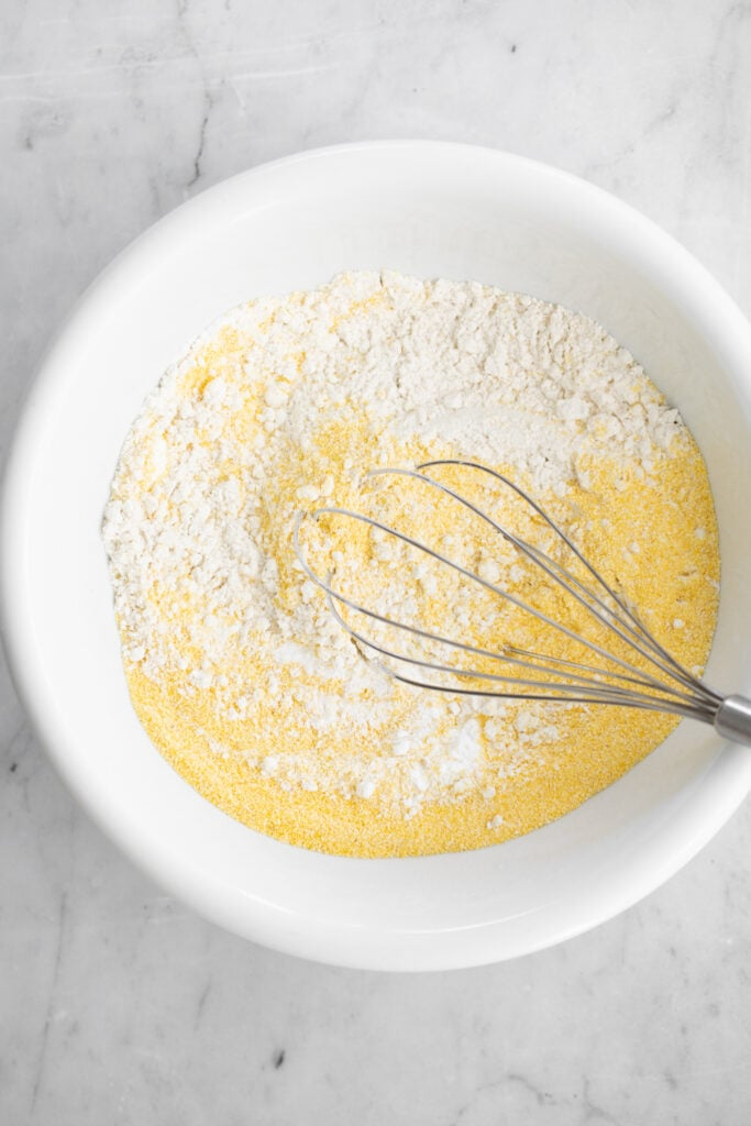 flour and corn meal in bowl