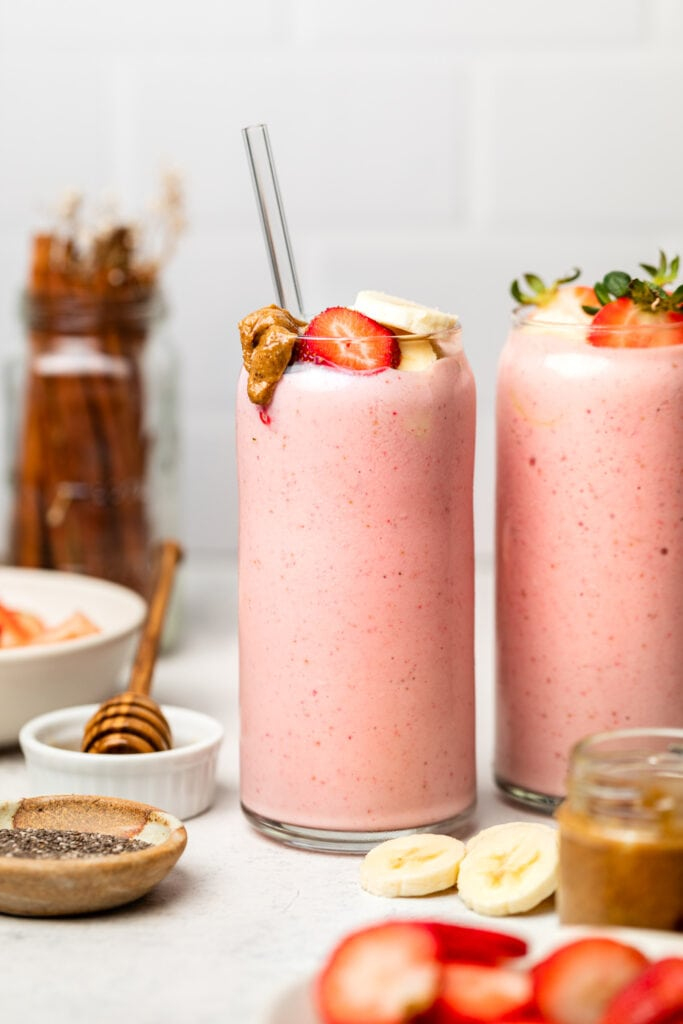 smoothies in glasses with straw