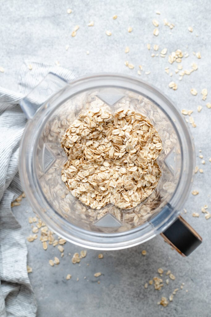 oats in blender