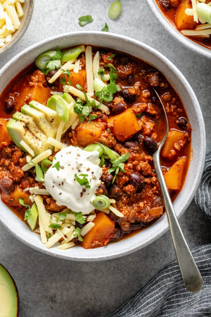 chili in bowl with toppings