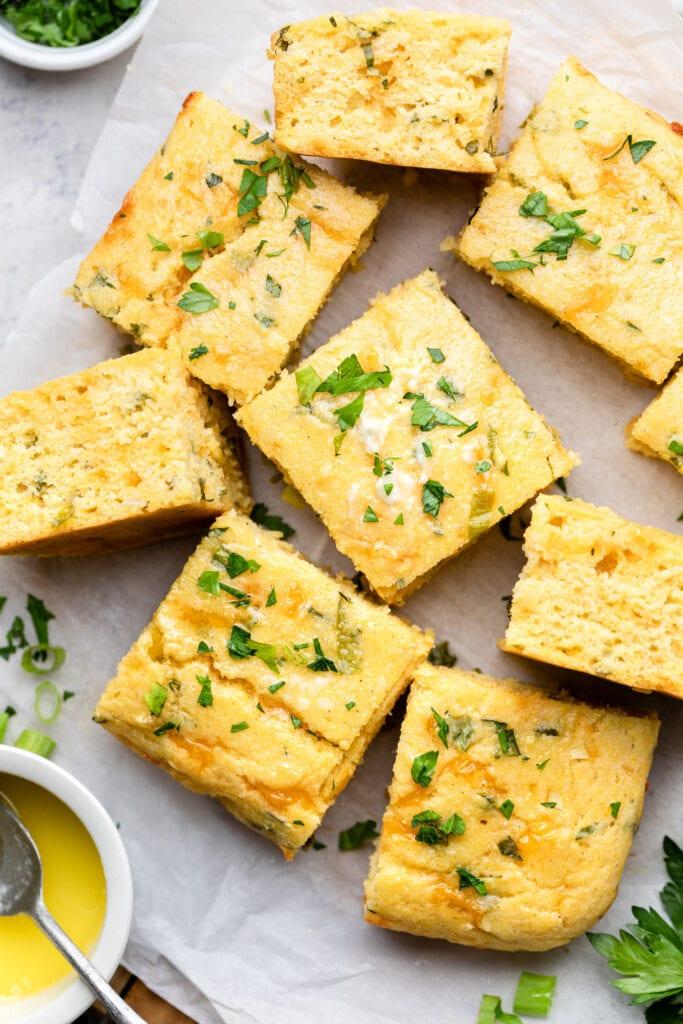 cornbread slices